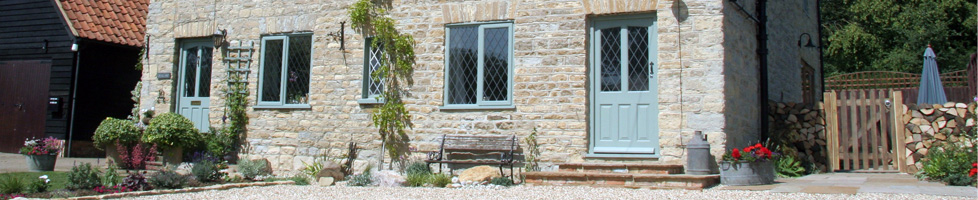Contact us bed and breakfast in stagsden bedfordshire for Garden rooms stagsden